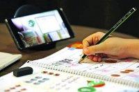 ۳۸۹ تبلت و گوشی هوشمند به دانشآموزان مناطق محروم اهدا شد