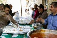 توزیع 500 پرس غذای گرم در بین خانواده های نیازمند سلماس