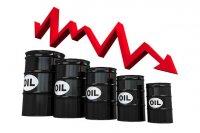 قیمت نفت خام به شدت سقوط کرد|نرخ طلای سیاه همچنان بالای ۸۰ دلار